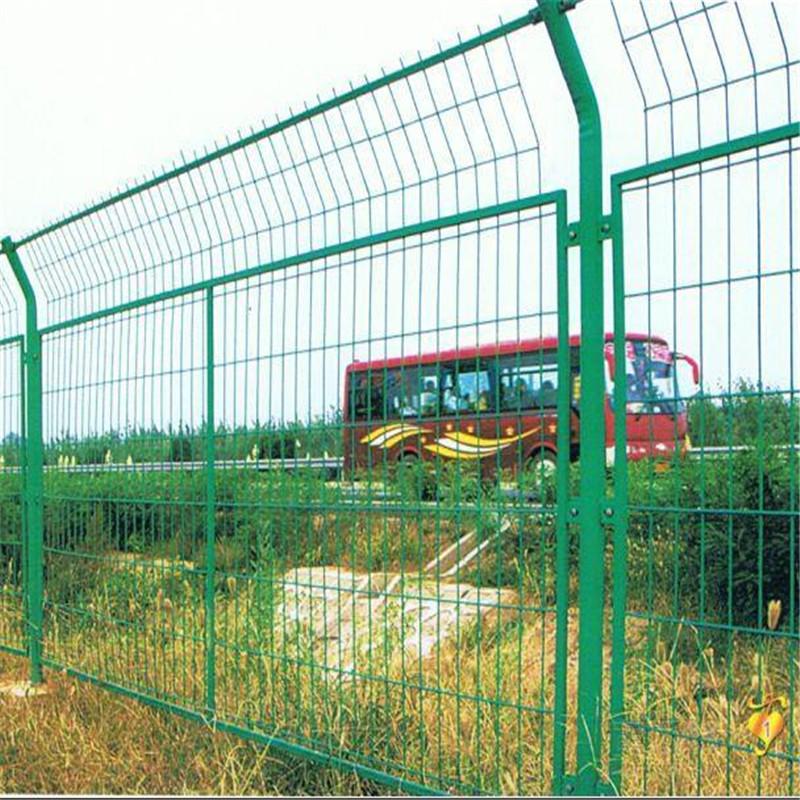 双边丝护栏网 框架式围栏网 厂家指导安装