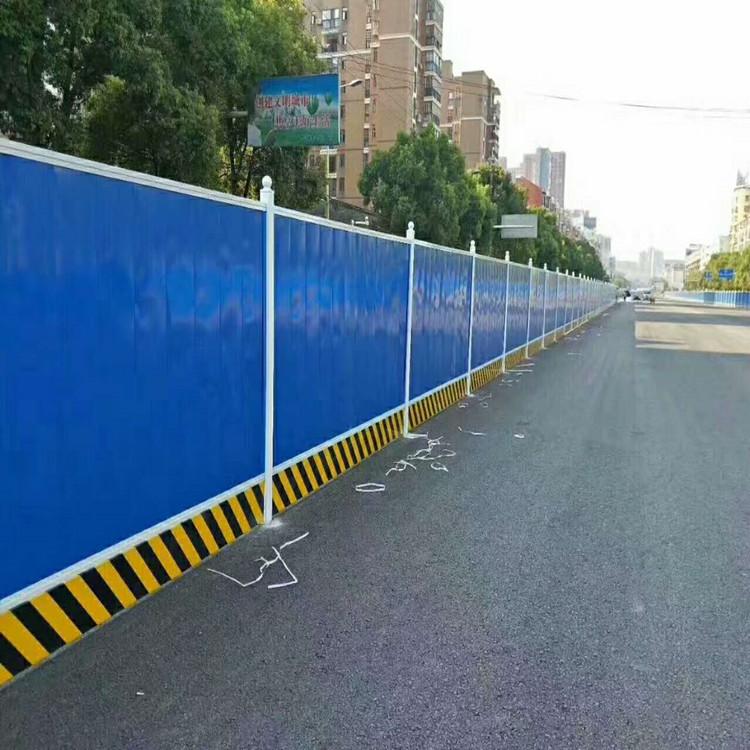 沧州地鑫供应公母扣围挡板压瓦机 新型全自动成套围挡板设备