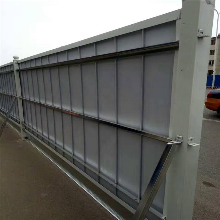 地鑫专业生产公母扣围挡板警示牌卡槽设备 各种型号异型压瓦机