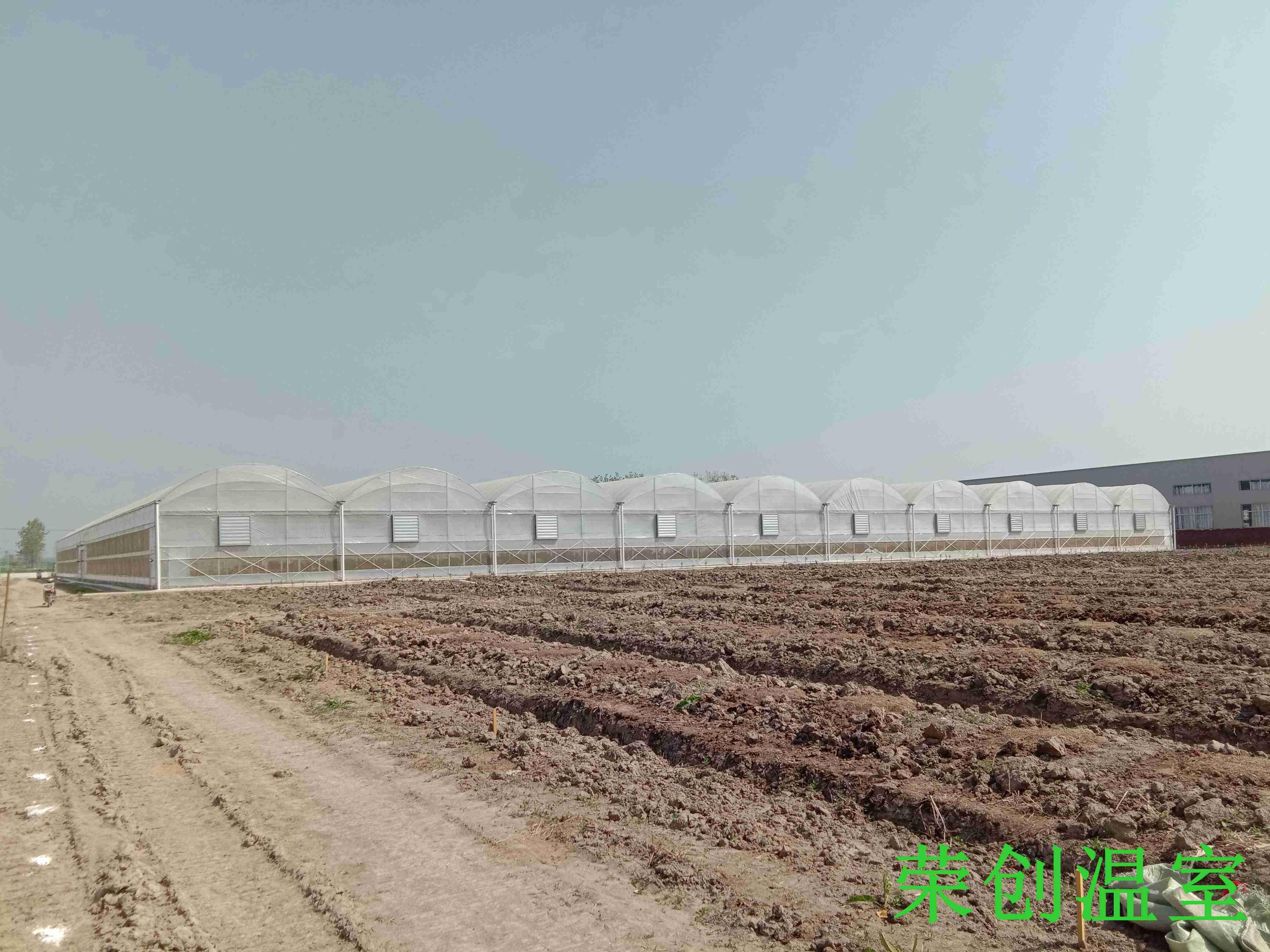 【荣创温室】江西温室大棚 温室大棚灌溉系统简介